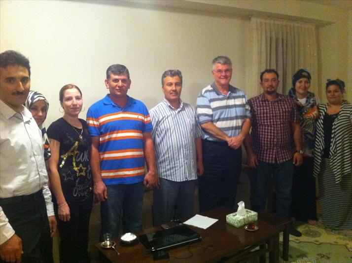 iditoronto_familyiftardinners_2012_012
