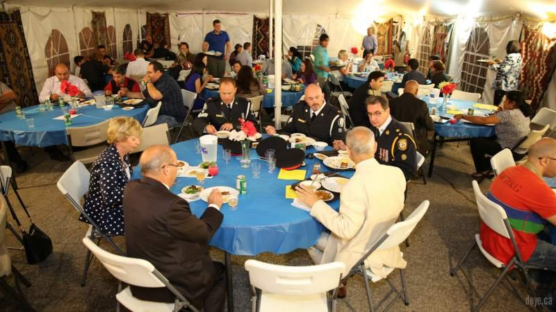 iftar-dinner-with-toronto-police009-jpg