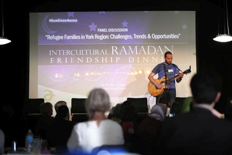 RamadanDinner_MetropolitanUnitedChurch_2016_13