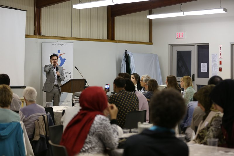 Ramadan_Dinner_with_St_Philips_Lutheran_Church (17).JPG