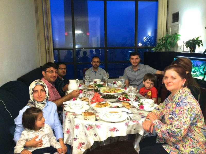 RamadanFamilyDinners_2015_04.jpg