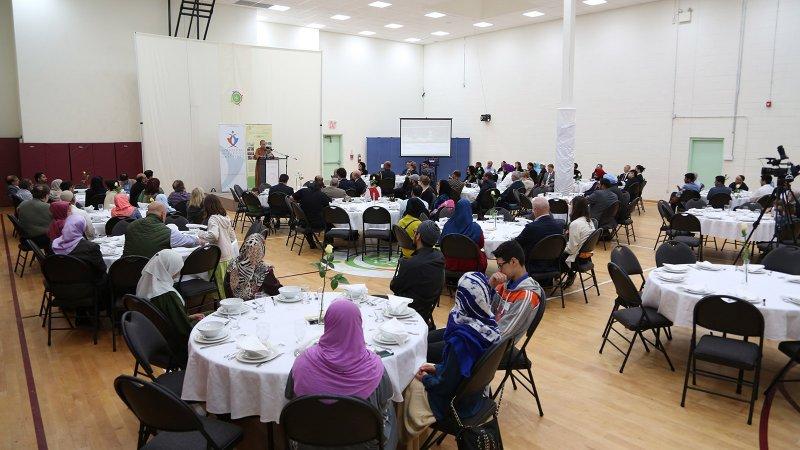 Ramadan Interfaith Dinner (26).JPG