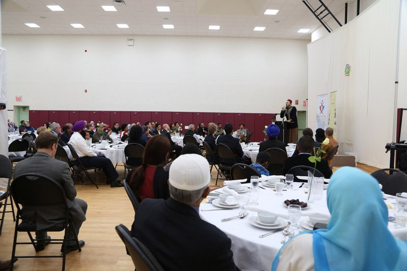 Ramadan Interfaith Dinner (37).JPG