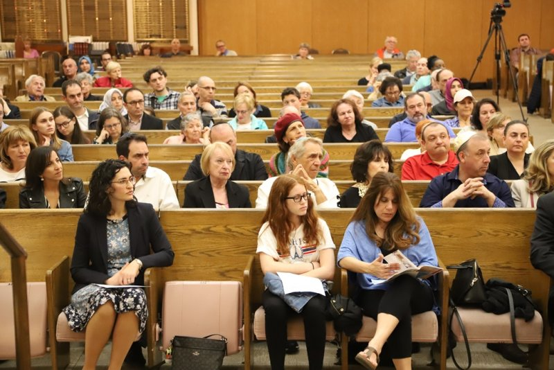 Tradition in an Age of Modernity_Beth Emeth Synagogue_ Rvivaltime Tabernacle_Intercultural Dialogue Institute (82)